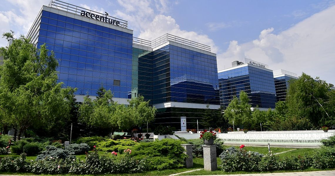 West Gate Leasing >> Accenture Services Romania Leases Additional 4 800 Sqm In