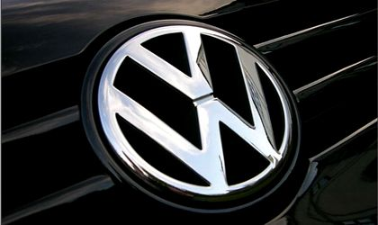 Volkswagen delays final decision on Turkey plant -Handelsblatt